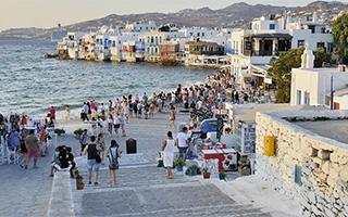 Когда ждать массового туризма в Грецию?